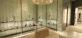 متاجر ازياء فلانتينو في باريس