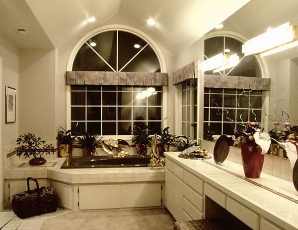 اضغط على الصورة لعرض أكبر  الاســـم:bathroom-600.jpg المشاهدات:300 الحجـــم:67.5 كيلوبايت الرقم:23329