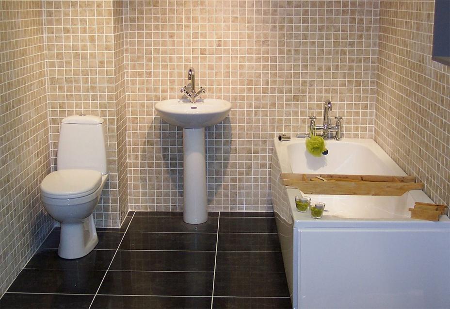 اضغط على الصورة لعرض أكبر  الاســـم:Gorga-Bathroom-suite-4.jpg المشاهدات:320 الحجـــم:96.3 كيلوبايت الرقم:23331