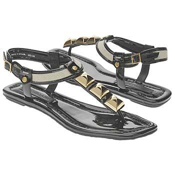 اضغط على الصورة لعرض أكبر  الاســـم:Shoes_iAEC1075548.jpg المشاهدات:1395 الحجـــم:16.8 كيلوبايت الرقم:26316