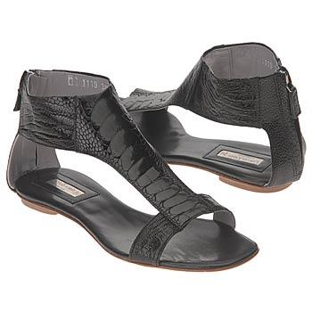 اضغط على الصورة لعرض أكبر  الاســـم:shoes_iaec1080492.jpg المشاهدات:3721 الحجـــم:16.9 كيلوبايت الرقم:26318