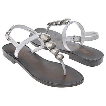 اضغط على الصورة لعرض أكبر  الاســـم:shoes_iaec1146617.jpg المشاهدات:278 الحجـــم:16.8 كيلوبايت الرقم:26326