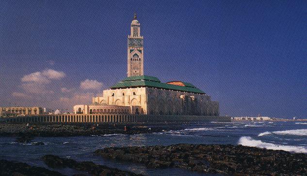 اضغط على الصورة لعرض أكبر  الاســـم:وهذا اكبر مسجد في العالم موجود في المغرب في مدينة الدار البيضاء.jpg المشاهدات:6142 الحجـــم:45.0 كيلوبايت الرقم:50848