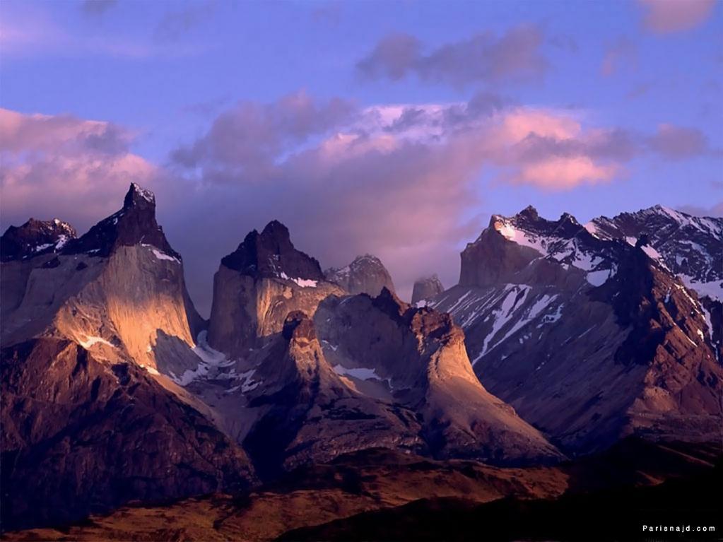 اضغط على الصورة لعرض أكبر  الاســـم:mountains_4_b[1].jpg المشاهدات:168 الحجـــم:78.0 كيلوبايت الرقم:63532