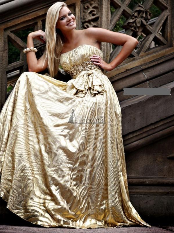 اضغط على الصورة لعرض أكبر  الاســـم:6e32bebfe19b79f6_gold-prom-dress-by-sherri-hill.jpg المشاهدات:9131 الحجـــم:99.0 كيلوبايت الرقم:90454