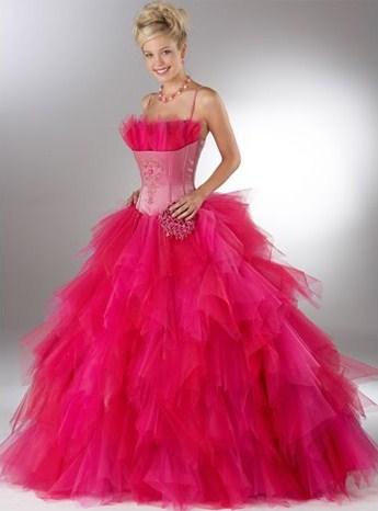 اضغط على الصورة لعرض أكبر  الاســـم:long+pink+prom+dress.jpg المشاهدات:9974 الحجـــم:33.4 كيلوبايت الرقم:90457