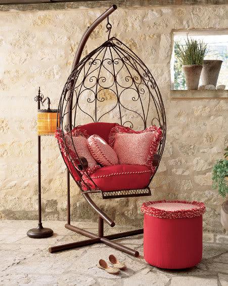 كمان تصميم لكراسي غريبه المنظر والمضهر بس حلوه اسيبكم مع