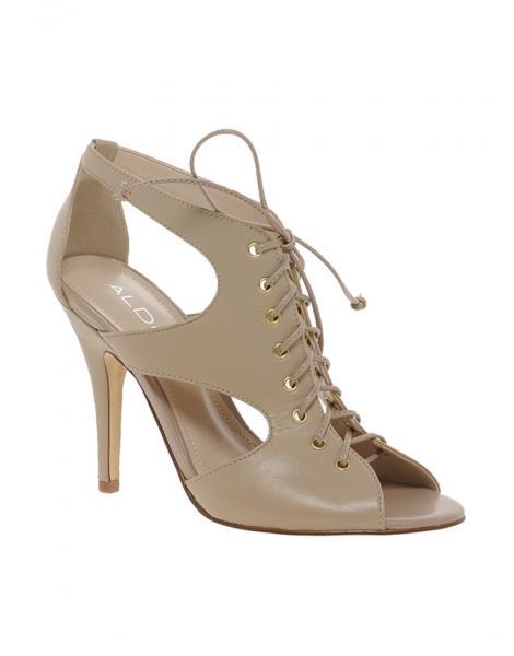 صلةأبرز موديلات الأحذية لشتاء 2014أجمل الأحذية لـ خريف شتاء 2013\/14